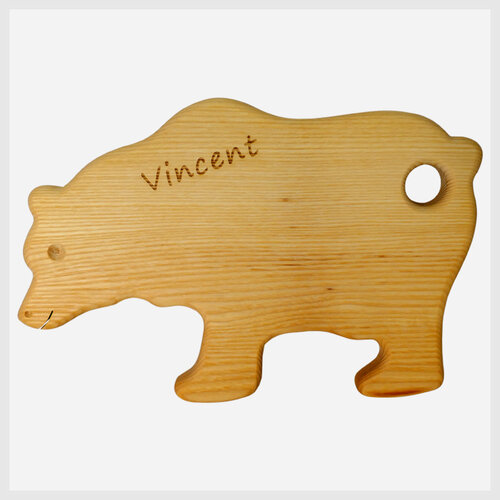Breaktfast Board bear engraving